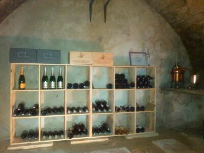 Location de vacances à Bédoin : La cave dans le mas